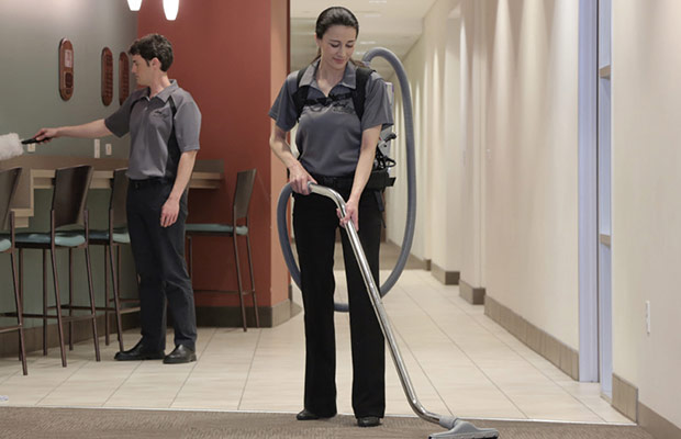 Jani-King Retail Cleaning Solutions for Shopping Centres, Stores & Showrooms